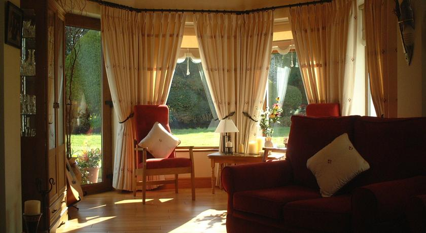 Sligo Bed and Breakfast Accommodation Guest Lounge area at Millhouse